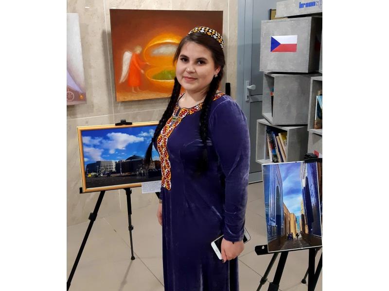 Гурбангельдыева Огулмайса (ИТФ), выставка фоторабот