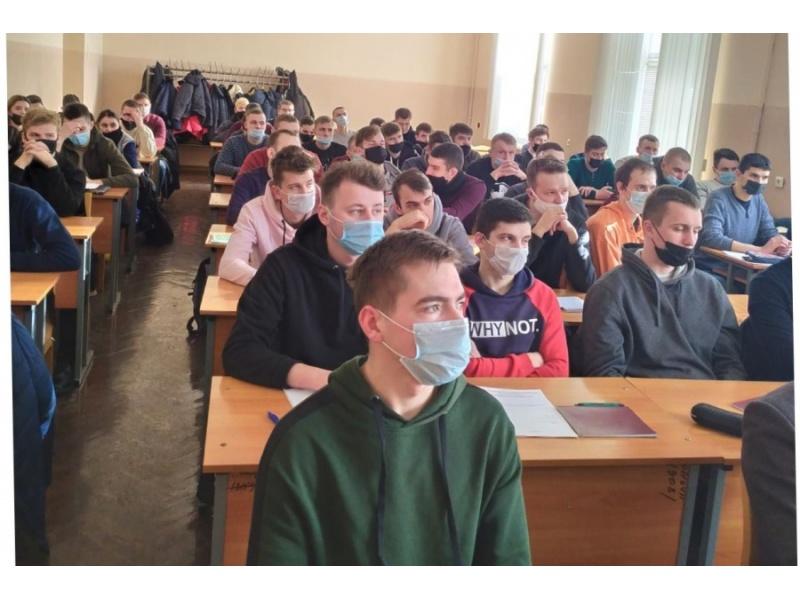 Студенты агромеханического факультета