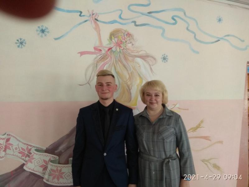 С директором школы Ахрамович Оксаной Ивановной